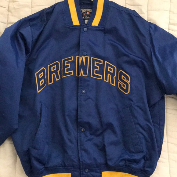 new york 28fc9 7dad4 Milwaukee brewers retro jacket